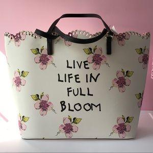 New Betsey Johnson Full Bloom Tote Bag & Wristlet